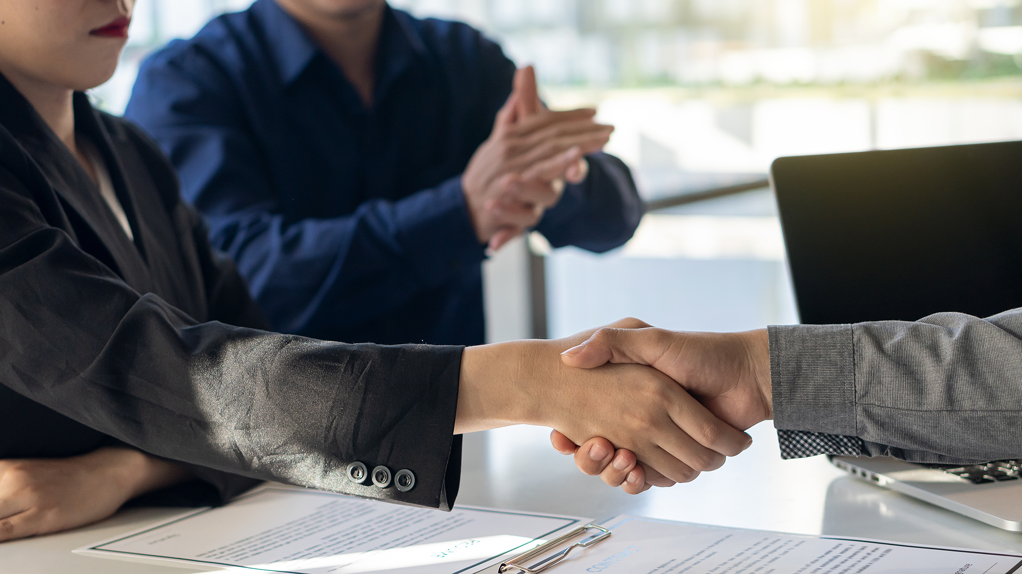 転職活動でおさえたい中途採用面接の流れやマナー、質問の回答例